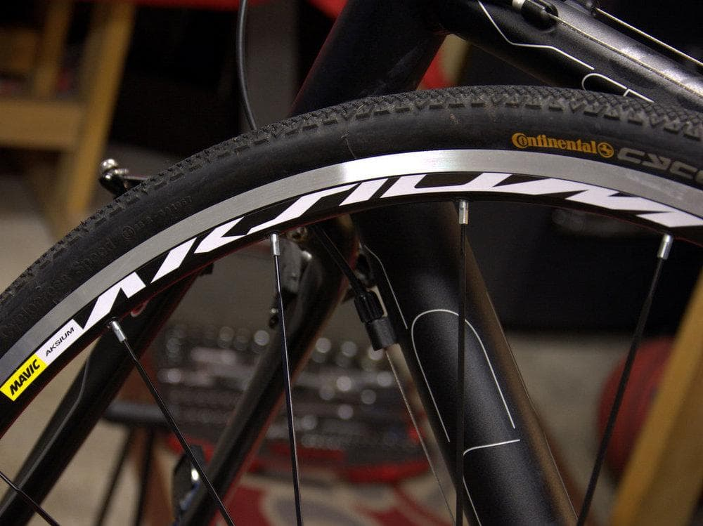 Mavic Aksium Road Wheel